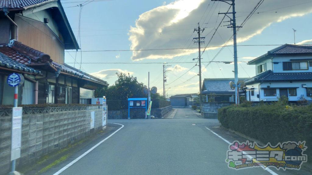 コストコ岐阜羽島倉庫店への最速ルートは加賀野井バス停が見える。